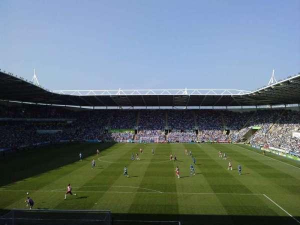 Madejski Stadium, secção: R28, fila: Q, lugar: 0089