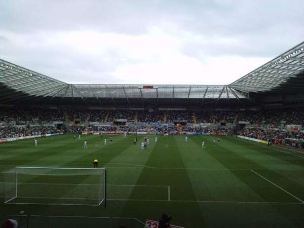 Liberty Stadium, secção: North Stand Upper, fila: K, lugar: 0062