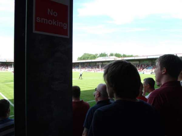 Glanford Park, secção: South Stand, fila: D, lugar: 111