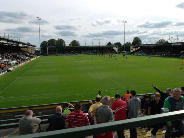 Huish Park, secção: Copse Road Terrace, fila: Back