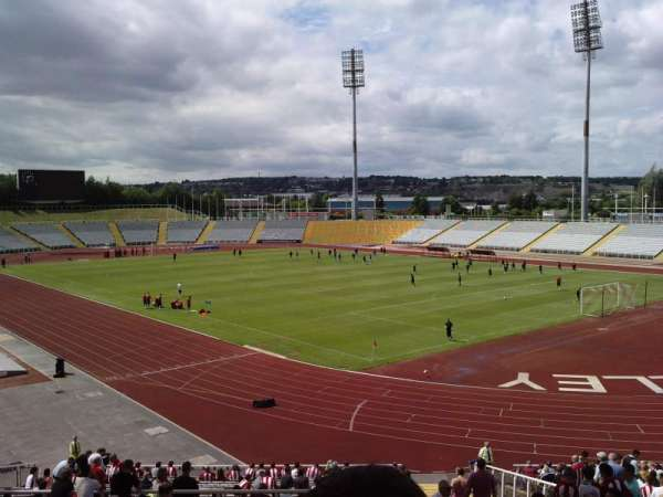 Don Valley Stadium, secção: 10, fila: PP, lugar: 24