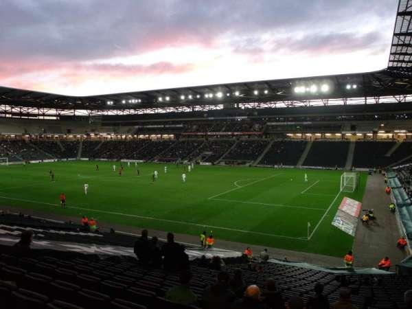 Stadium:mk, secção: 38, fila: DD, lugar: 1088