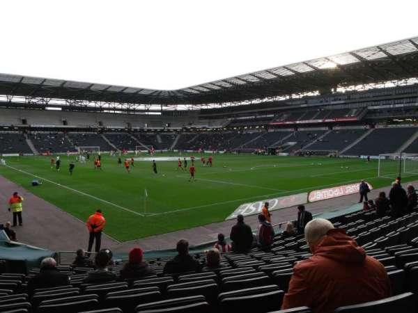 Stadium:mk, secção: 35, fila: P, lugar: 1003
