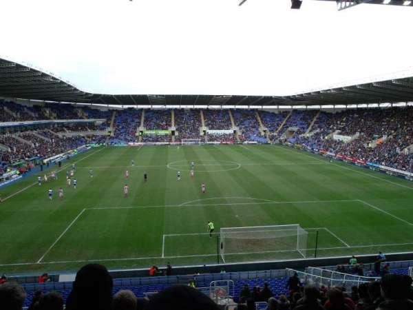 Madejski Stadium, secção: R30, fila: EE, lugar: 139