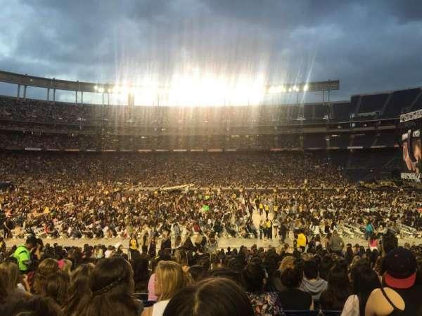 San Diego Stadium, secção: 127, fila: 28, lugar: 10