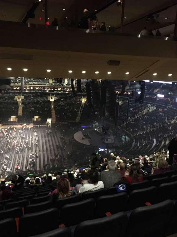 Madison Square Garden, secção: 212, fila: 16, lugar: 10