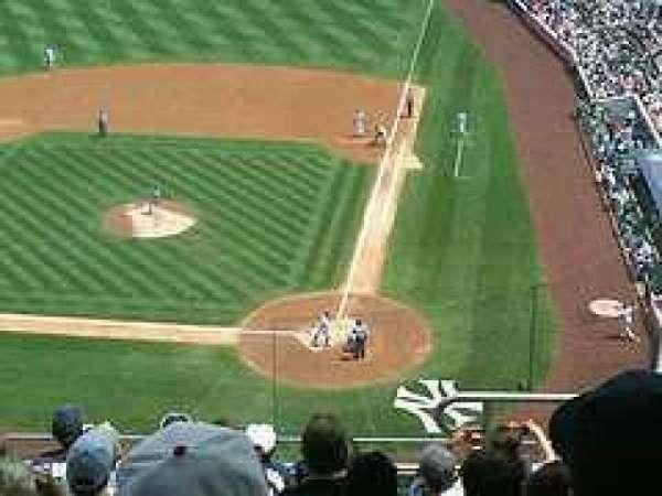 Yankee Stadium, secção: 321, fila: 5, lugar: 9