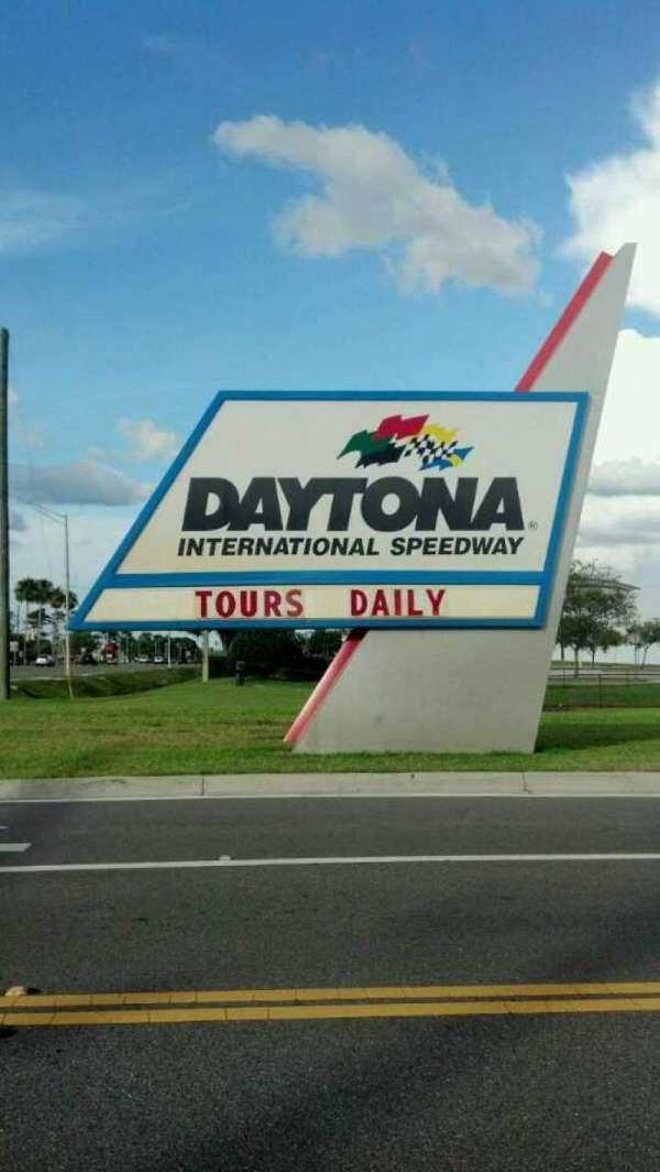 Daytona International Speedway, secção: Entrance