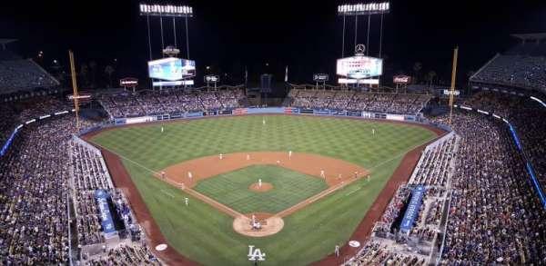 Dodger Stadium, secção: 1TD, fila: A, lugar: 4