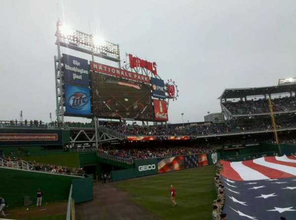 Nationals Park, secção: 104, fila: A