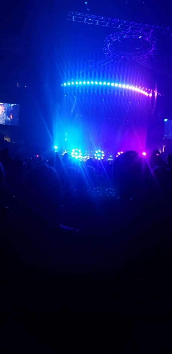 Staples Center, secção: GA, fila: 28, lugar: 13