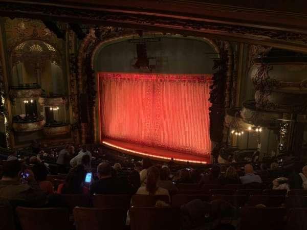 New Amsterdam Theatre, secção: Mezzanine R, fila: KK, lugar: 26