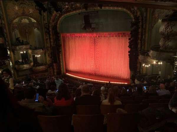 New Amsterdam Theatre, secção: Mezzanine R, fila: KK, lugar: 24