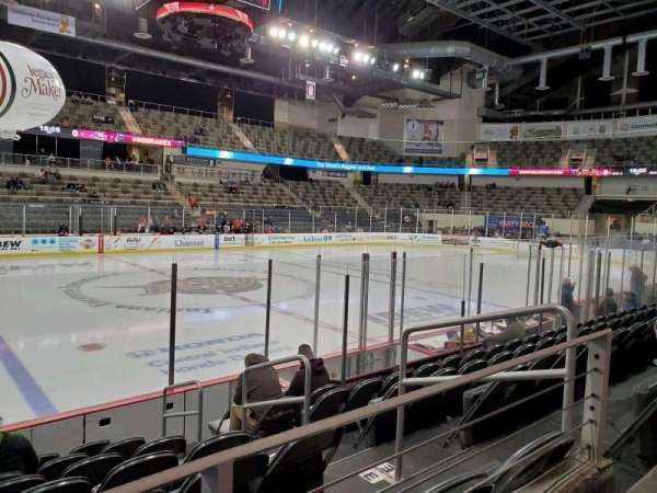 Indiana Farmers Coliseum, secção: 201, fila: A, lugar: 4