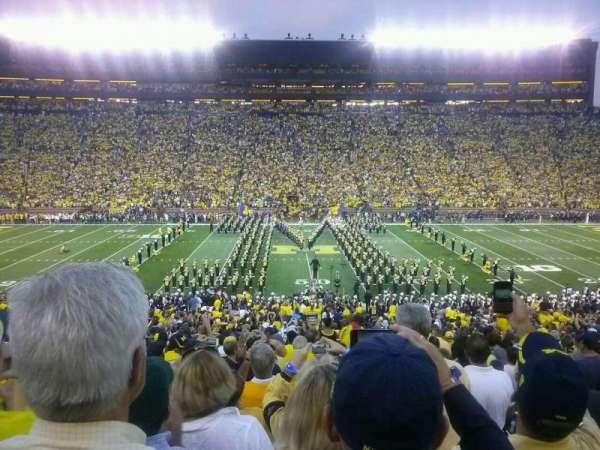 Michigan Stadium, secção: 23, fila: 46