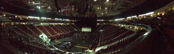 PNC Arena, secção: 225, fila: A, lugar: 16