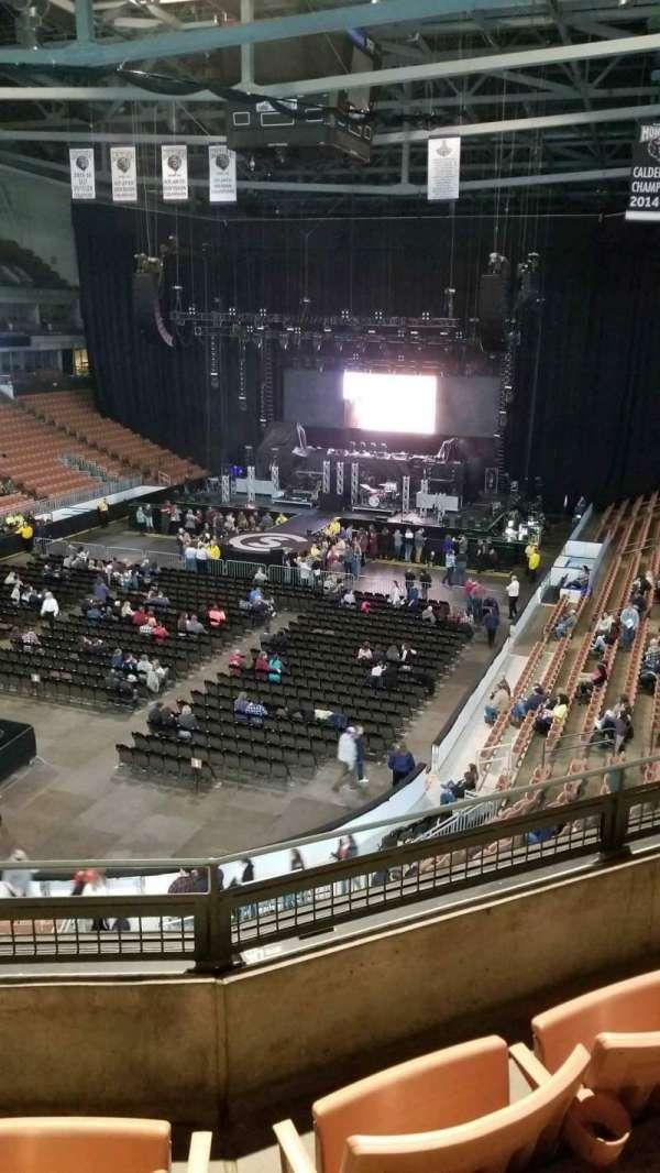 SNHU Arena, secção: 225, fila: C, lugar: 10