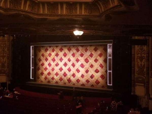 Cadillac Palace Theater, secção: Dress Circle FR, fila: LL, lugar: 6