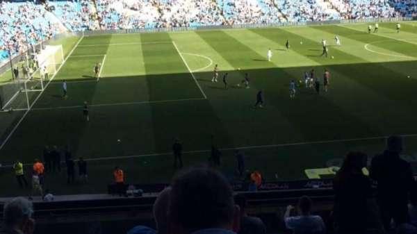 Etihad Stadium (Manchester), secção: 230, fila: J, lugar: 808