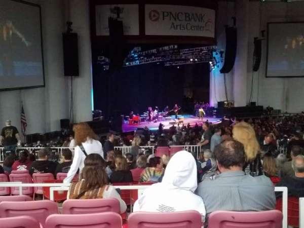 PNC Bank Arts Center, secção: 405, fila: J, lugar: 7
