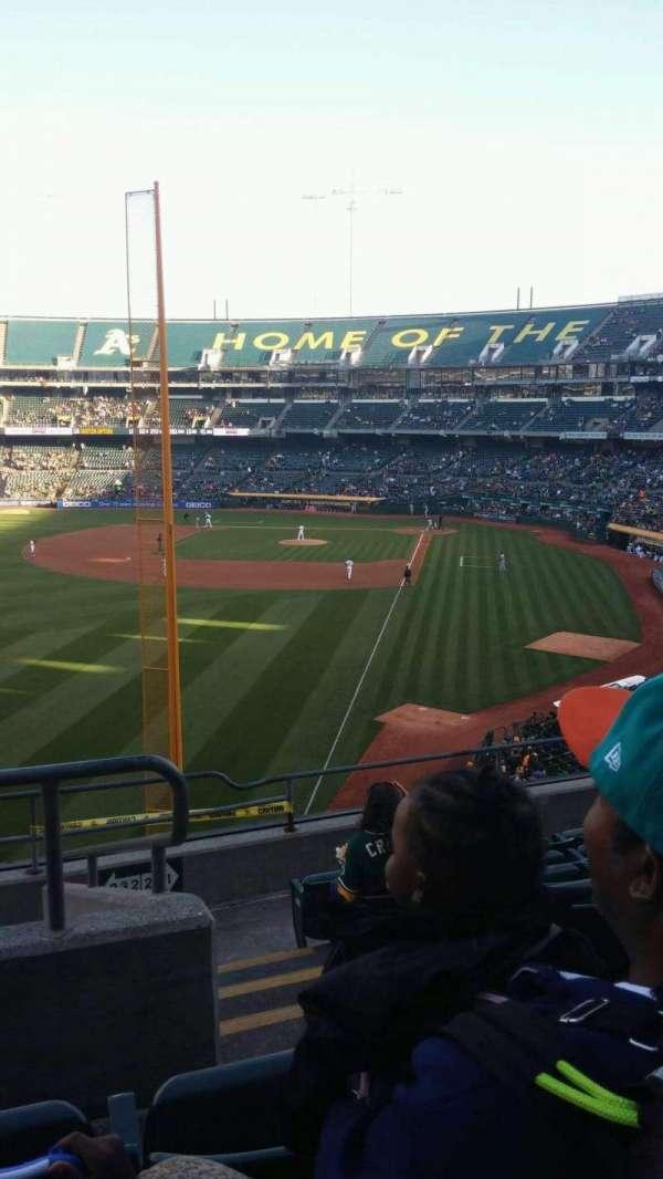 Oakland Coliseum, secção: 232, fila: 8, lugar: 2