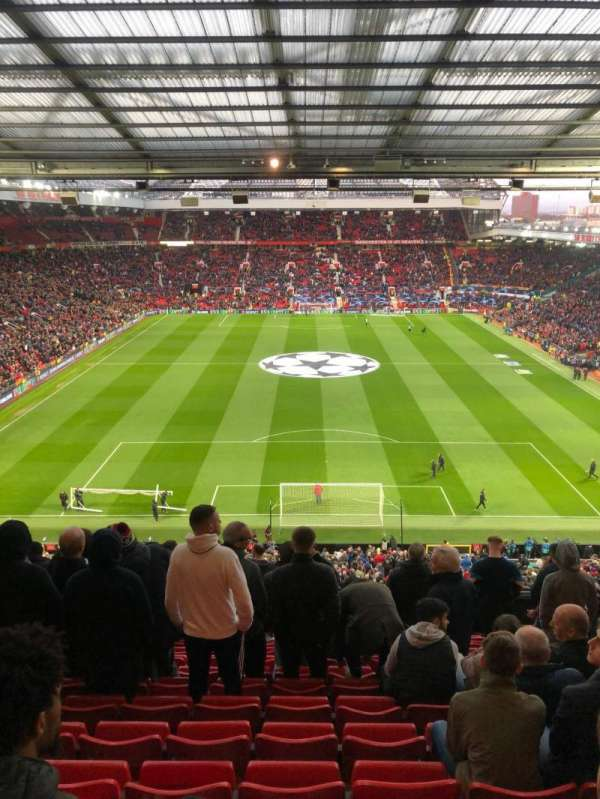 Old Trafford, secção: W3104, fila: 13