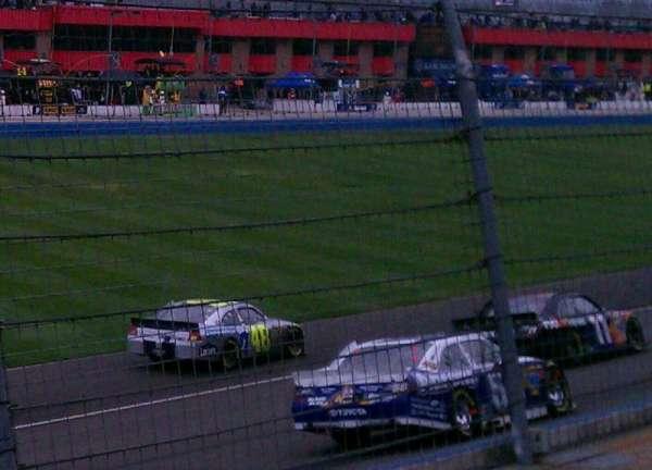 Auto Club Speedway, secção: 7, fila: 7, lugar: 1