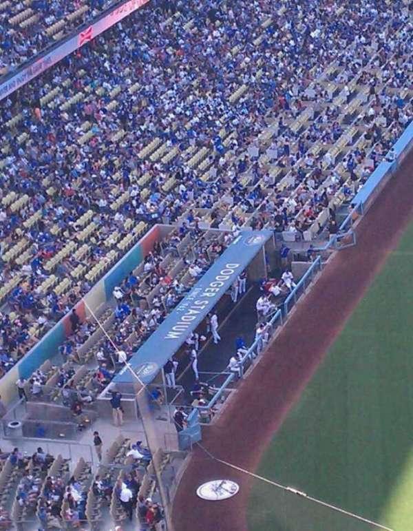 Dodger Stadium, secção: 8, fila: h, lugar: 16
