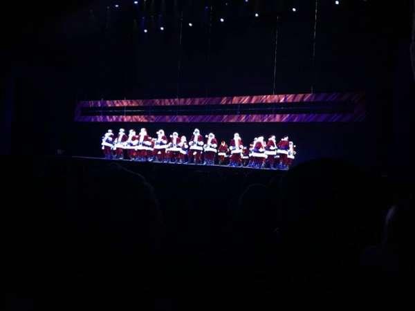 Radio City Music Hall, secção: Orchestra 3, fila: GG, lugar: 301-304