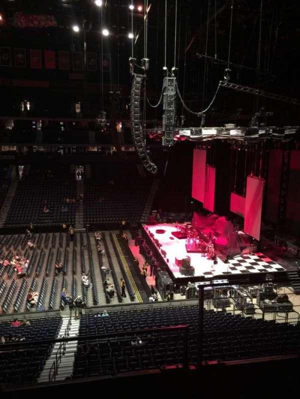 Bridgestone Arena, secção: 210, fila: F, lugar: 2