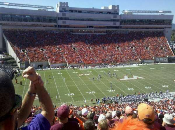 Lane Stadium, secção: 37, fila: 44, lugar: 26