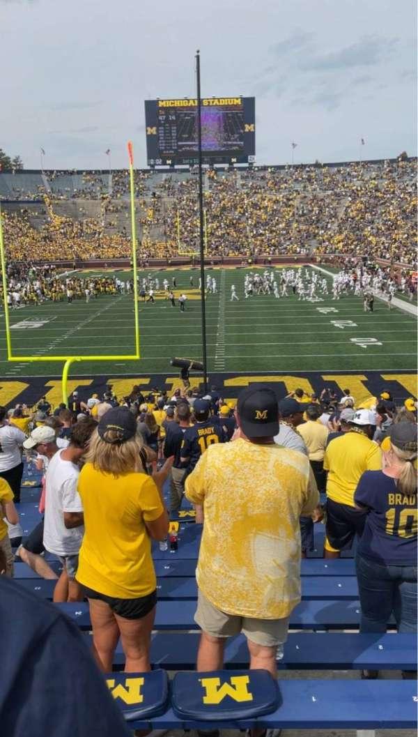 Michigan Stadium, secção: 11, fila: 34, lugar: 1