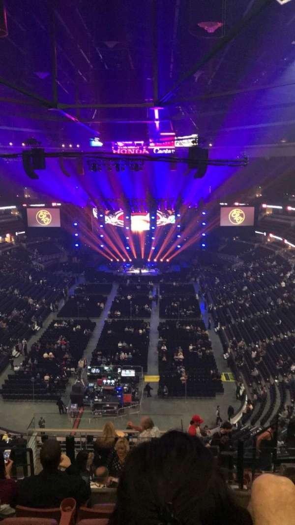 Honda Center, secção: 444, fila: M, lugar: 5
