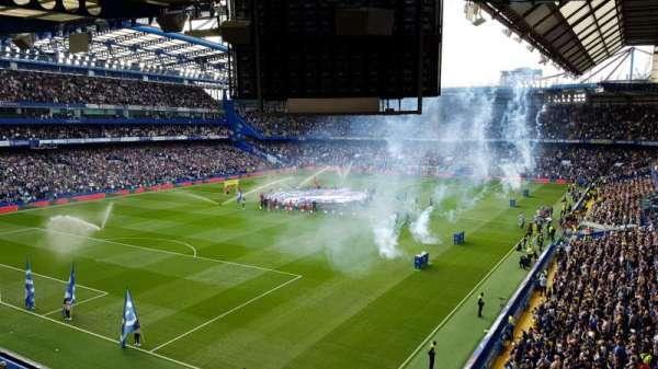 Stamford Bridge, secção: Shed Upper, fila: 16, lugar: 50