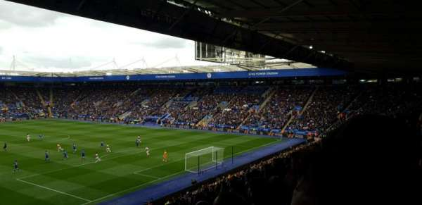 King Power Stadium, secção: M1, fila: GG, lugar: 442