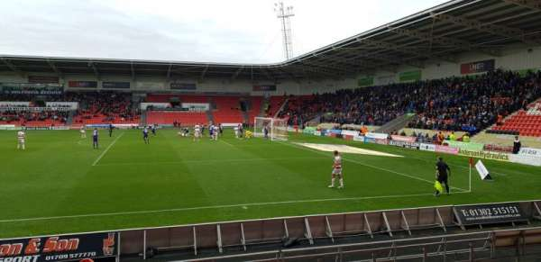 Keepmoat Stadium, secção: 8, fila: H, lugar: 58