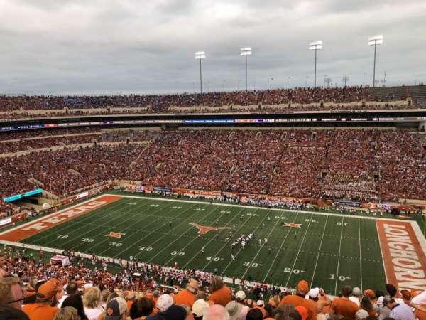 Texas Memorial Stadium, secção: 103, fila: 16, lugar: 7