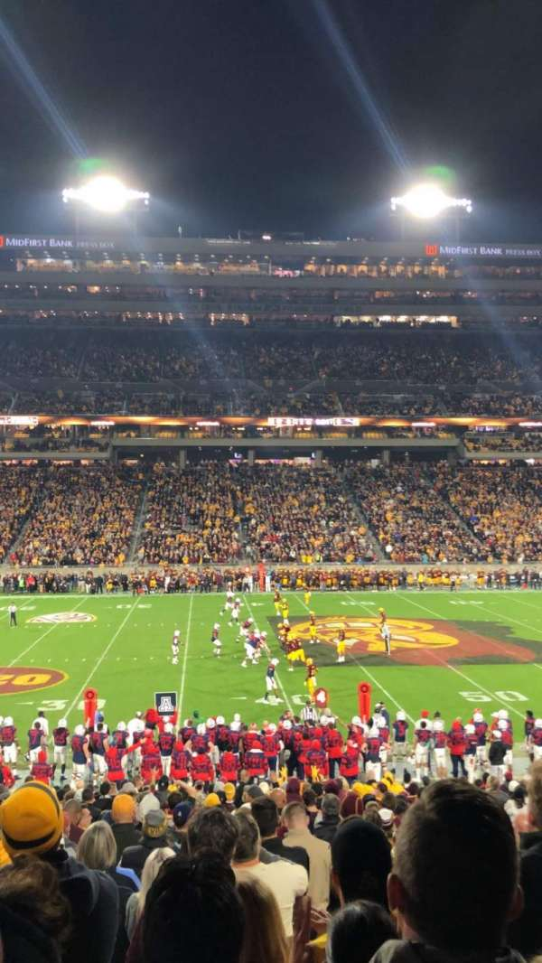 Sun Devil Stadium, secção: 30, fila: 27, lugar: 8