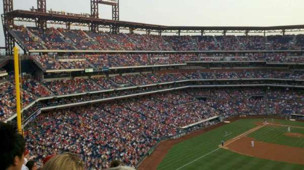 Citizens Bank Park, secção: 302, fila: 10, lugar: 5