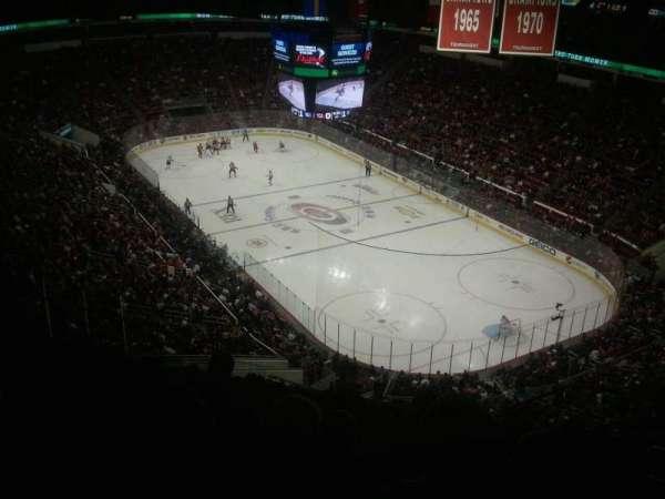 PNC Arena, secção: 336, fila: L, lugar: 6