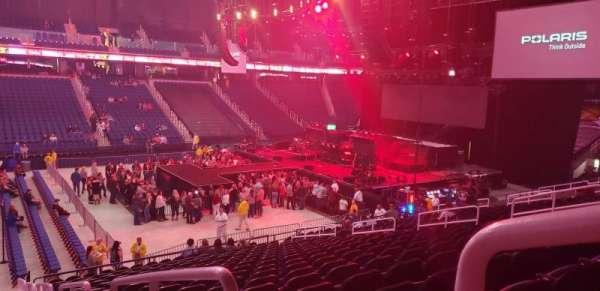 Greensboro Coliseum, secção: 124, fila: TT, lugar: 1