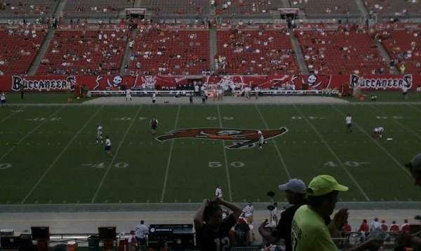 Raymond James Stadium, secção: 210, fila: T, lugar: 21