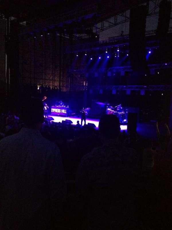 Irvine Meadows Amphitheatre, secção: Orchestra, fila: P, lugar: 117