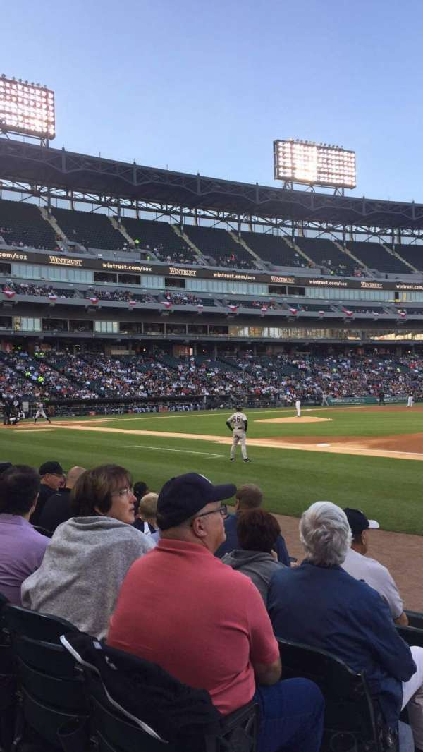 Guaranteed Rate Field, secção: 120, fila: 6 , lugar: 8