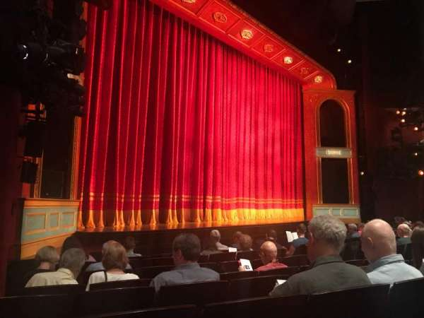 Marquis Theatre, secção: Orchestra L, fila: H, lugar: 17