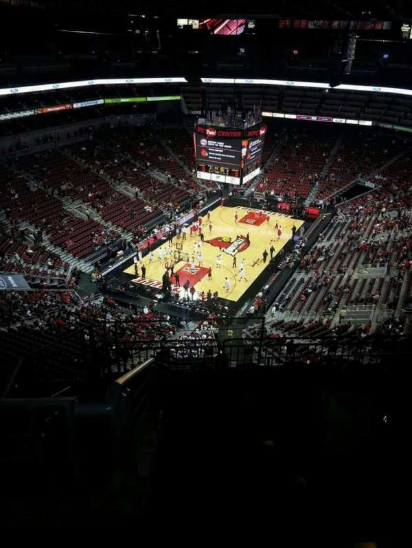 KFC Yum! Center, secção: 313, fila: L, lugar: 18