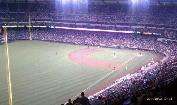 Angel Stadium, secção: V505, fila: L, lugar: 14