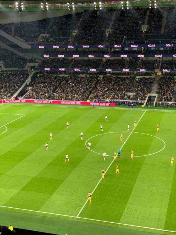 Tottenham Hotspur Stadium, secção: 525, fila: 12, lugar: 805