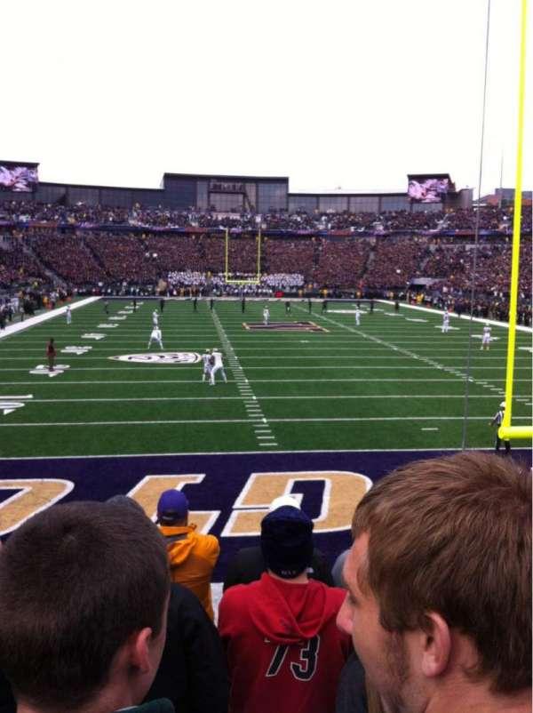 Husky Stadium, secção: 138, fila: 6, lugar: 3