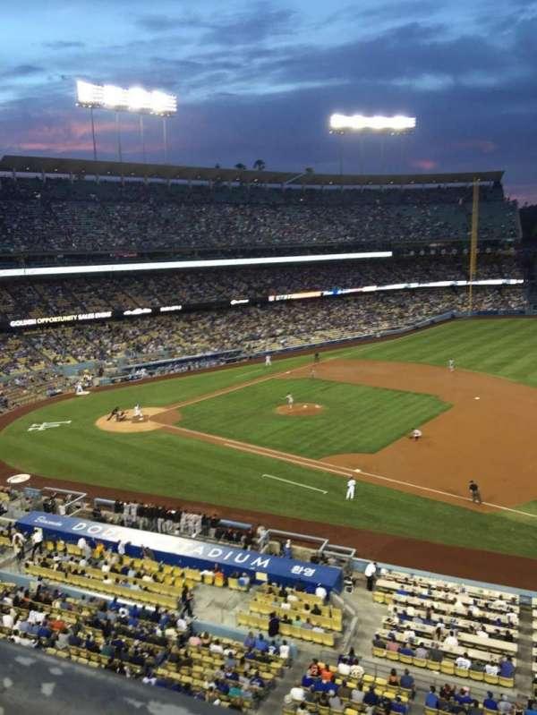 Dodger Stadium, secção: 28RS, fila: A, lugar: 3